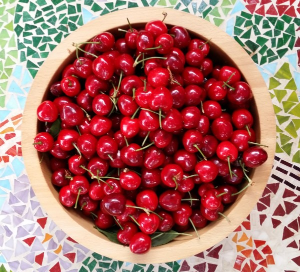 2 Bowl of cherries