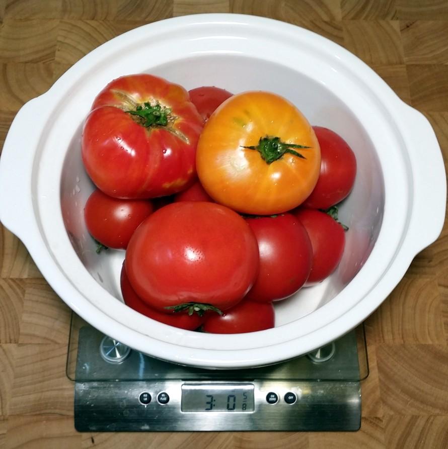 3 lbs tomatoes