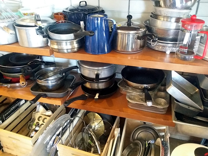 second hand kitchenwares
