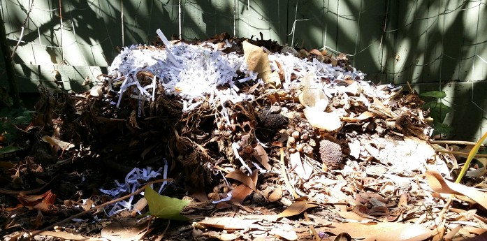 compost-with-bedding